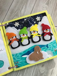 Diy Busy Books, Diy Quiet Books, Baby Quiet Book, Felt Quiet Books, Quiet Book Templates, Quiet Book Patterns, Felt Doll Patterns, Toddler Christmas Gifts, Toddler Gifts