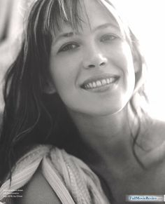 Sophie Marceau one of my fave actresses Bond Girls, Sophia Loren, Most Beautiful Women, Beautiful People, Sophie Marceau Photos, Emmanuelle Béart, Divas, French Beauty, French Actress