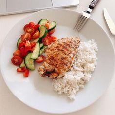Фотография Healthy Meal Prep, Healthy Dinner Recipes, Healthy Snacks, Diet Snacks, Diet Recipes, Healthy Dinners, Cake Recipes, Clean Eating Snacks, Healthy Eating