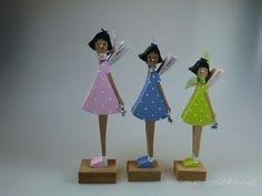 Deko-Objekte - Figur aus Holz - Frühlingselfe - ein Designerstück von mw-holzkunst bei DaWanda