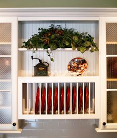 Choice Cabinet Plate Rack: Great for displaying pops of color in your kitchen! Imagine your fav dishes here!