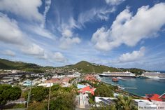 First Day at St. Thomas, US Virgin Islands – Mountain Top, Dinner at Fat Turtle, Night Kayaking at Adventure Center