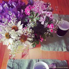 petit dejeuner with fresh flowers