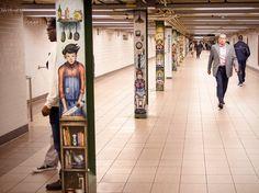 Plutôt original ! À #NewYork, l'agence #StreetEasy dévoile une campagne d'affichage dans le métro rappelant aux habitants leurs contraintes quotidiennes.  #publicité #immobilier #realestate #ad #humour #atypique