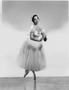 "Raven Wilkinson dancing the Waltz in ""Les Syphides,"" 1956 ||"