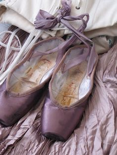Sugar Plum Fairy worthy pointe shoes. I was never a ballerina, but pointe shoes always seemed so romantic. That color is lovely!