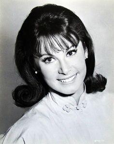 Stefanie Powers, 1967