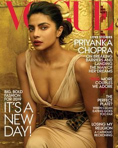 Priyanka Chopra becomes the first Indian Woman to cover Vogue US, as she features in the January 2019 issue. Photographed by Annie Leibovitz. Fashion Cover, Bold Fashion, Fashion News, Vogue Fashion, Vogue Covers, Elsa Peretti, Carolina Herrera, Karl Lagerfeld, Magazine Cover Page