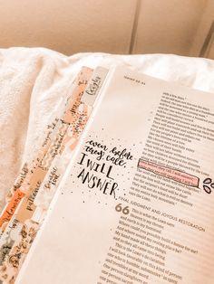 Bible Drawing, Bible Doodling, Bible Verses Quotes, Bible Scriptures, Bibel Journal, Bible Study Journal, Bible Notes, Bible Art, Study Notes