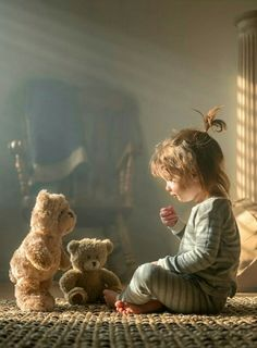 """Teddybeaers3 Теперь всё поняли? Да наша""""госпожа"""" Photo Artistique, Cute Children Photography, Little Boy Photography, Nostalgia Photography, Memories Photography, Firefly Photography, I Love You Pictures, Baby Pictures, Cute Pictures"""