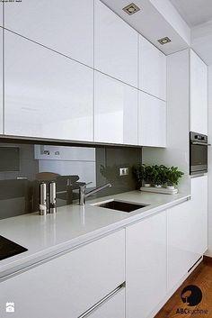 wall tiles design -Kitchen wall tiles design - Elegant Modern White Kitchen Ideas For Excellent Home Kitchen Wall Tiles Design, Luxury Kitchen Design, Kitchen Layout, Kitchen Backsplash, Kitchen Designs, Backsplash Ideas, Kitchen Countertops, Marble Counters, Kitchen Trends