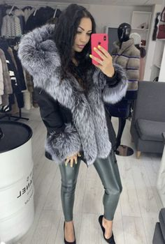 Belle Silhouette, Collar And Cuff, Fur Collars, Fur Jacket, Fur Trim, Coats For Women, Leather Pants, Womens Fashion, Jackets