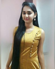 The next Rapunzel for the day is Our site is dedicated to the celebration of beautiful long hair. If you have long hair and would l… - New Site Beautiful Girl Photo, Beautiful Girl Indian, Beautiful Long Hair, Beautiful Indian Actress, Simply Beautiful, Indian Hairstyles, Trendy Hairstyles, Beauty Full Girl, Beauty Women