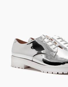 Flat metallic lace-up shoes - SHOES - Bershka Serbia