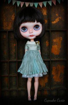 Sage Garden Silk Blythe Dress par CupcakeCurio