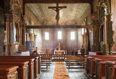 Drewniany kościół z XV w. Wooden Roman Catholic Church from… Wooden Architecture, Religious Architecture, Native Country, Krakow, Cathedral, Catholic Churches, Around The Worlds, Altars, Places