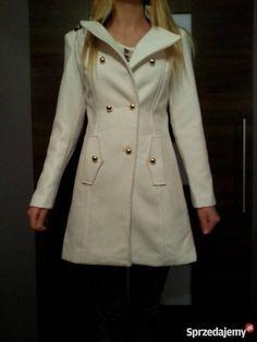 płaszcz Raincoat, Jackets, Fashion, Rain Jacket, Down Jackets, Moda, Fashion Styles, Fashion Illustrations