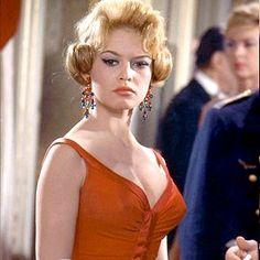 """Brigitte Bardot in """"Une Parisienne"""" (1957)"""