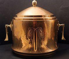 W.M.F. Art nouveau Copper/brass punch bowl/wine cooler made in Germany by Wurttembergische Metallwarenfabrik, circa 1900's.