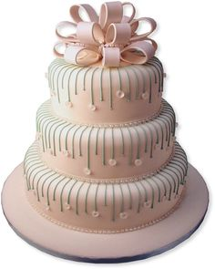 3-tiered elegant wedding cake