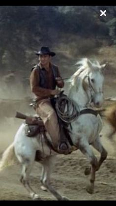 James Drury, The Virginian Atop His Good Looking White Mount. Hot Cowboys, Real Cowboys, Cowboys And Indians, Cowboy Horse, Western Cowboy, Western Style, Cowboy Boots, Old Western Movies, Western Film