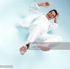 man falling pose - Cerca con Google