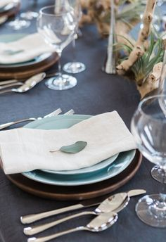 Robin's egg blue, chocolate earthenware, lone leaf // True Grace Photography