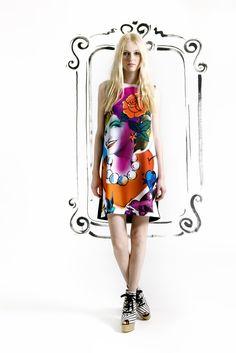 Sfilata Cheap & Chic by Moschino New York - Pre-collezioni Primavera Estate 2013 - Vogue