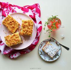 Półkruche ciasto z rabarbarem i budyniem waniliowym – Skumbrie w tomacie Palak Paneer, Pudding, Ethnic Recipes, Food, Custard Pudding, Essen, Puddings, Meals, Yemek
