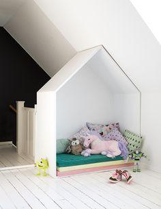 La casita dentro de la casa...paso a paso para hacer un casita para niños sencilla y adorable | Figi's