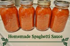 homemade garden fresh spaghetti sauce - canning recipe - perfect for pinning now and making when you harvest your garden this year!