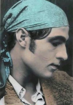 Valentino Hollywood Men, Old Hollywood Movies, Vintage Hollywood, Classic Hollywood, Rudolph Valentino, Classic Movie Stars, Classic Movies, Silent Screen Stars, Night Aesthetic