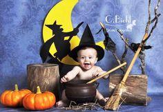 Halloween Baby Pictures, Halloween Mini Session, Holiday Pictures, Halloween Meninas, Halloween Bebes, Photographie D' Halloween, Halloween Backdrop, Cute Babies Photography, Halloween Photography
