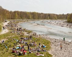 Trend Munich Picnicking on the banks of the Isar river