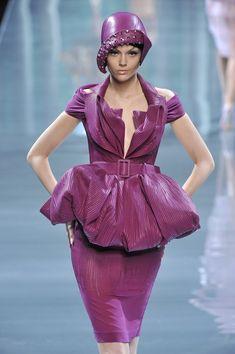 Christian Dior Fall 2008 #millinery #judithm #hats