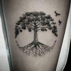 #sunama #astattooistas #estudiotattooink #tree #treedots #treetattoo…
