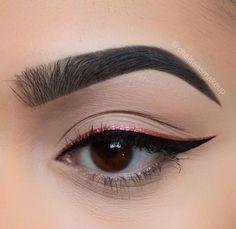 "Pink and black Double liner• 1-step brow gel in ""jet black"" Liner: @urbandecaycosmetics • razor sharp liquid eyeliner in ""fireball"" and @tartecosmetics • black clay tarteist liner #makeup #instamakeup #cosmetic #cosmetics #mua #fashion #eyeshadow #lipstick #gloss #mascara #palettes #eyeliner #lip #lips #tar #concealer #foundation #powder #eyes #eyebrows #eyelashes #primers #beauty #beautiful #eyebrows #wunderbrow"