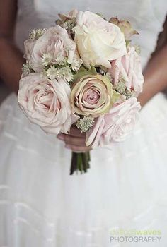 i need bouquet inspirations! peach, yellow and white roses. made from coffee filters of course ;-)