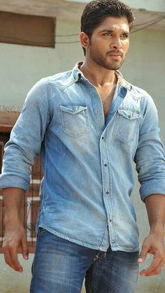 Allu Arjun in yevadu Pawan Kalyan Wallpapers, Allu Arjun Wallpapers, Allu Arjun Hairstyle, Gentleman Movie, Dj Movie, Romantic Couple Images, Allu Arjun Images, Galaxy Pictures, Best Hero