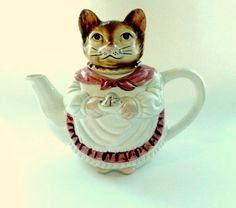 Vintage Cat Teapot by KittiesandMutts on Etsy, $18.00