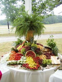 Wedding Philippines - 37 Surprising Fruit And Veggie Wedding Desserts Bar Buffet Display (7)