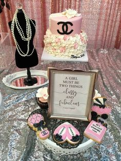 Baby Shower Ideas For Girls Themes Paris Coco Chanel Ideas For 2019 Chanel Birthday Party, Chanel Party, 50th Birthday Party, Chanel Cake, 16th Birthday, Coco Chanel, Paris Birthday, Birthday Ideas, Shower Party