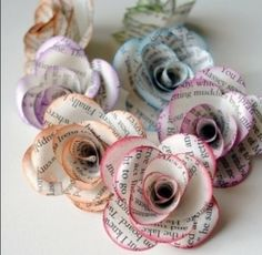 Cute DIY newspaper flowers for any room in the house
