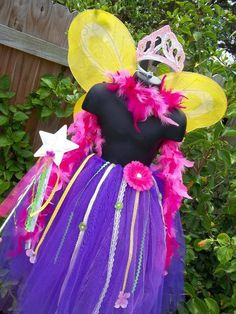 Halloween Fancy Nancy tutu skirt girls wings crown  5t 6 7 8. $39.99, via Etsy. Diy Halloween Costumes, Halloween Crafts, Costume Ideas, 6th Birthday Parties, Girl Birthday, Fancy Nancy Costume, Fancy Party, Holidays Halloween, School