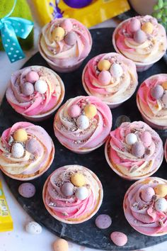 Easter Cupcakes, Baking Cupcakes, Easter Cookies, Yummy Cupcakes, Easter Treats, Cupcake Cakes, Easter Cake With Mini Eggs, Mini Eggs Cake, Mini Egg Recipes
