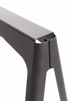 Normal Studio / Tolix / Trestles Y / Trestle / 2009 Metal Sheet Design, Sheet Metal Work, Table Design, Chair Design, Furniture Design, Luxury Furniture, Pliage Tole, Tole Pliée, Metal Bending