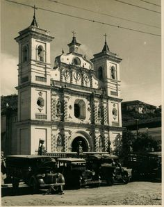 Tegucigalpa is the capital of Honduras and seat of government of the Republic. It is located in the southern-central highland region known a. Tegucigalpa, Honduras, Heart Of America, The Republic, Rare Photos, Social Platform, Notre Dame, 1920s, Cathedral