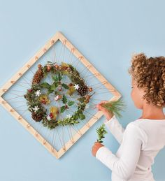 Nature Collage Art Frame - love this idea and pretty sure I could make it at home with stuff I already own.