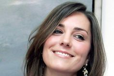 Google Image Result for http://the-real-breaking-news.com/wp-content/uploads/2012/01/Kate_Middleton_buy_clothe_on_sale.jpg