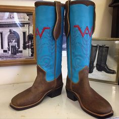 Custom Cowboy boot. Turquoise tops with Waxed Rough Out vamps and Mule Ears. #beckcowboyboots #beckboots #customboots #boots #cowboyboots #handmadecowboyboots #madeintexas